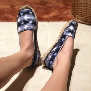 American Eagle Outfitters Slip Ons
